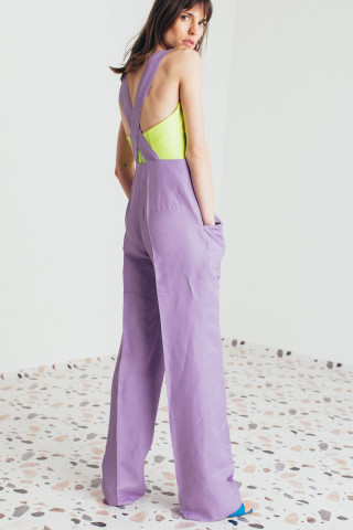 Trousers with suspenders