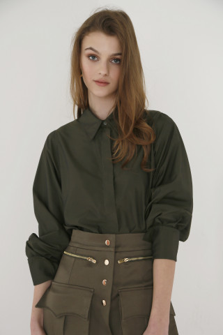 Olive green shirt with wide sleeves