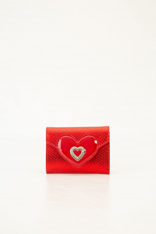 Leather wallet with pendant