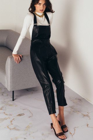 Leather suspender trousers